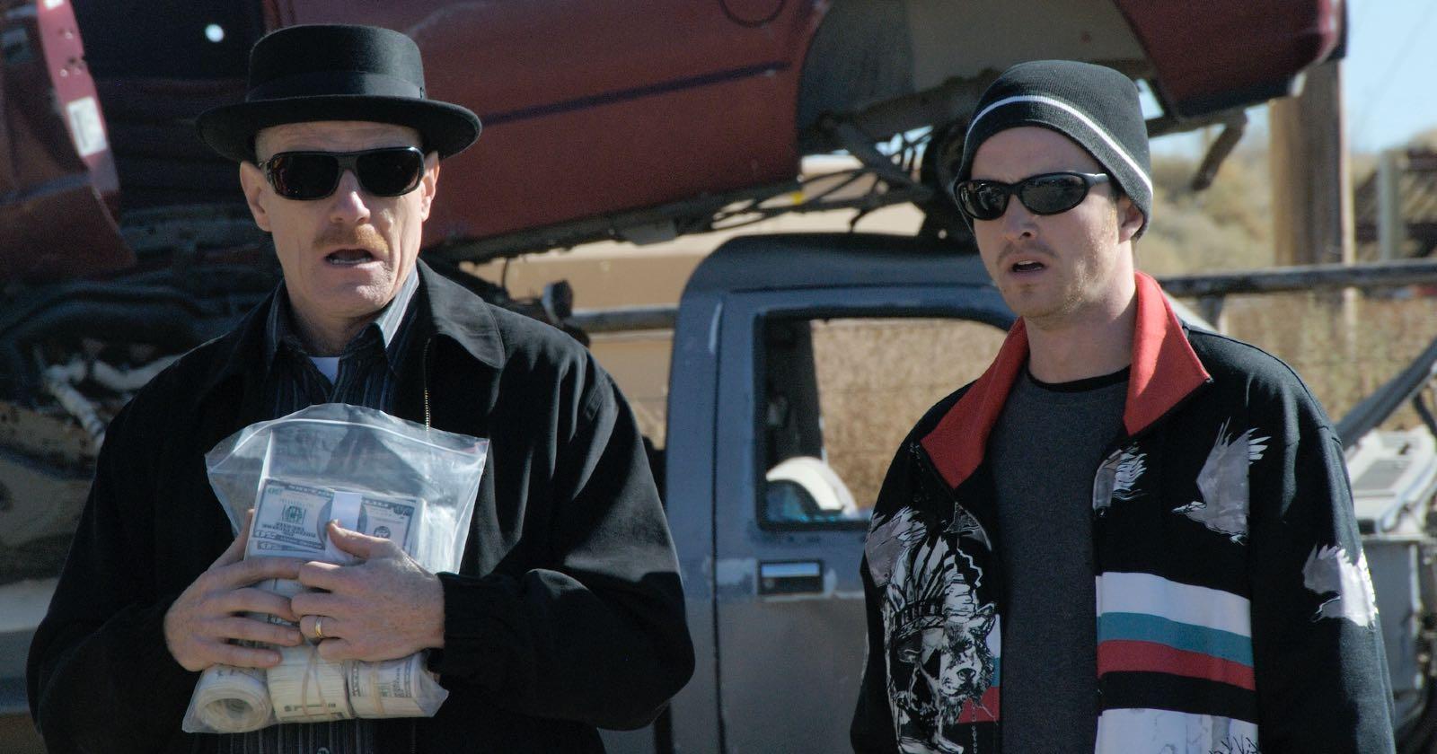 Bryan Cranston y Aaron Paul en la segunda temporada de Breaking Bad
