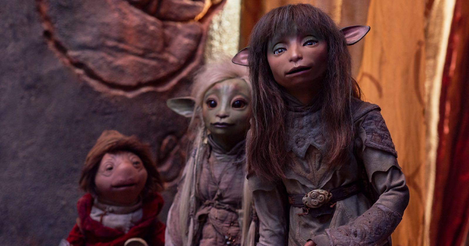 Parte del elenco de marionetas en El Cristal Encantado