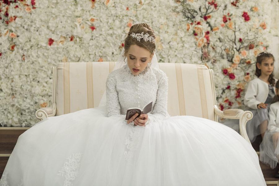 Esty vestida de novia