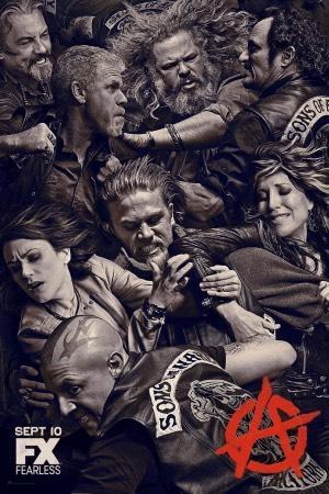 Charlie Hunnam protagonizando Sons of Anarchy