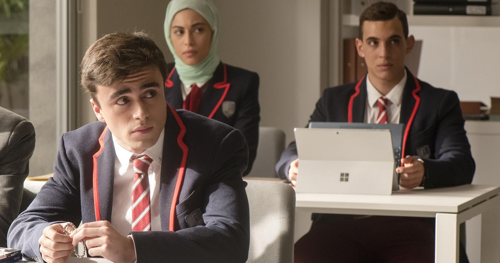 Samuel, Nadia y Christian son los tres estudiantes becados que llegan a Las Encinas.
