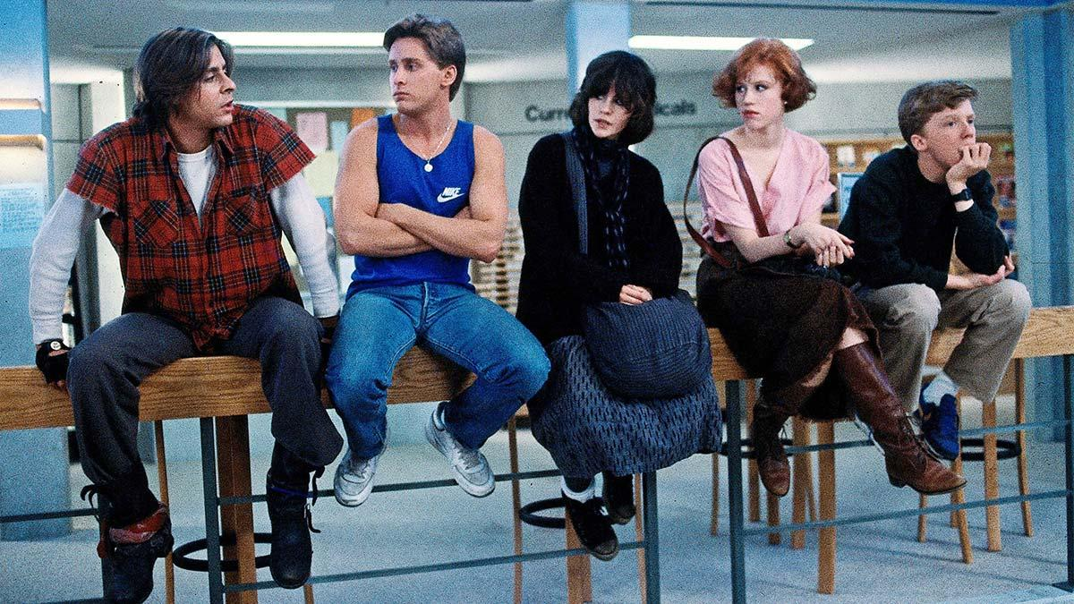 En este club hay de todo: el rudo, el deportista, la chica dark, la niña bien y el nerd.
