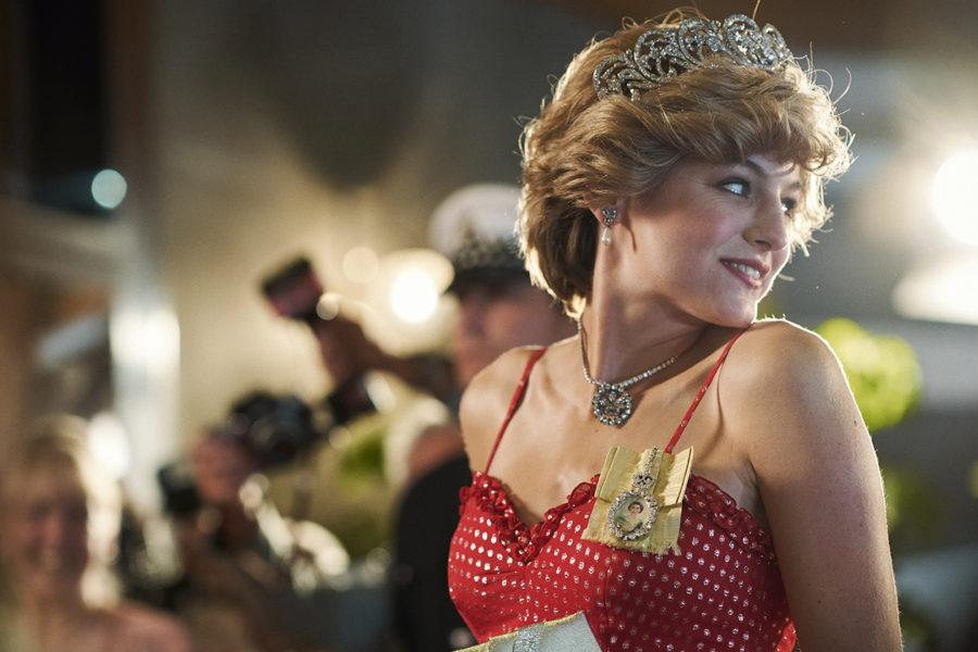Emma Corrin como Lady Di en The Crown T4, que se estrenará en Netflix en Noviembre de 2020.