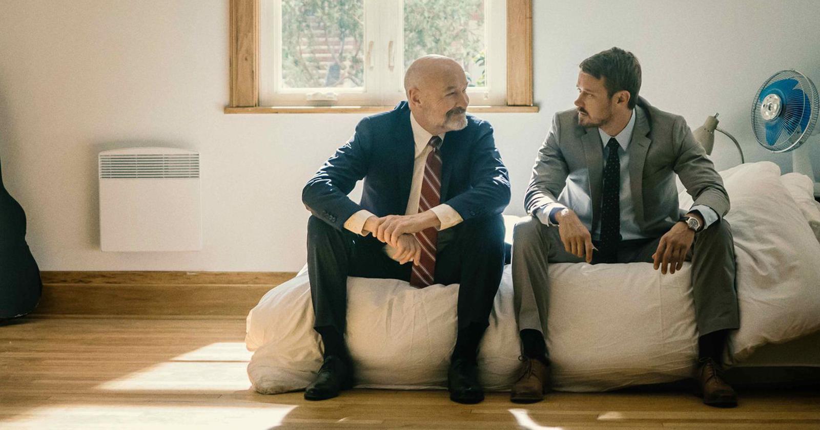 Terry O'Quinn y Michael Dorman interpretan a Tom y John Tavner, respectivamente.