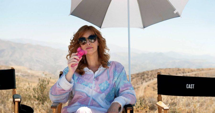 The Comeback, Valerie se releja en el set de su nueva serie en el desierto